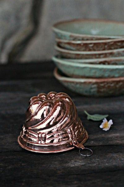 Vintage Copper Swirl Mould | c. 1880