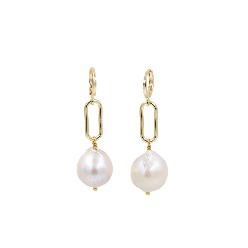 Reina Chain Link and Large Pearl Earrings