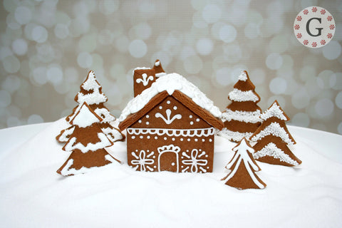 Small Gingerbread House Cutter