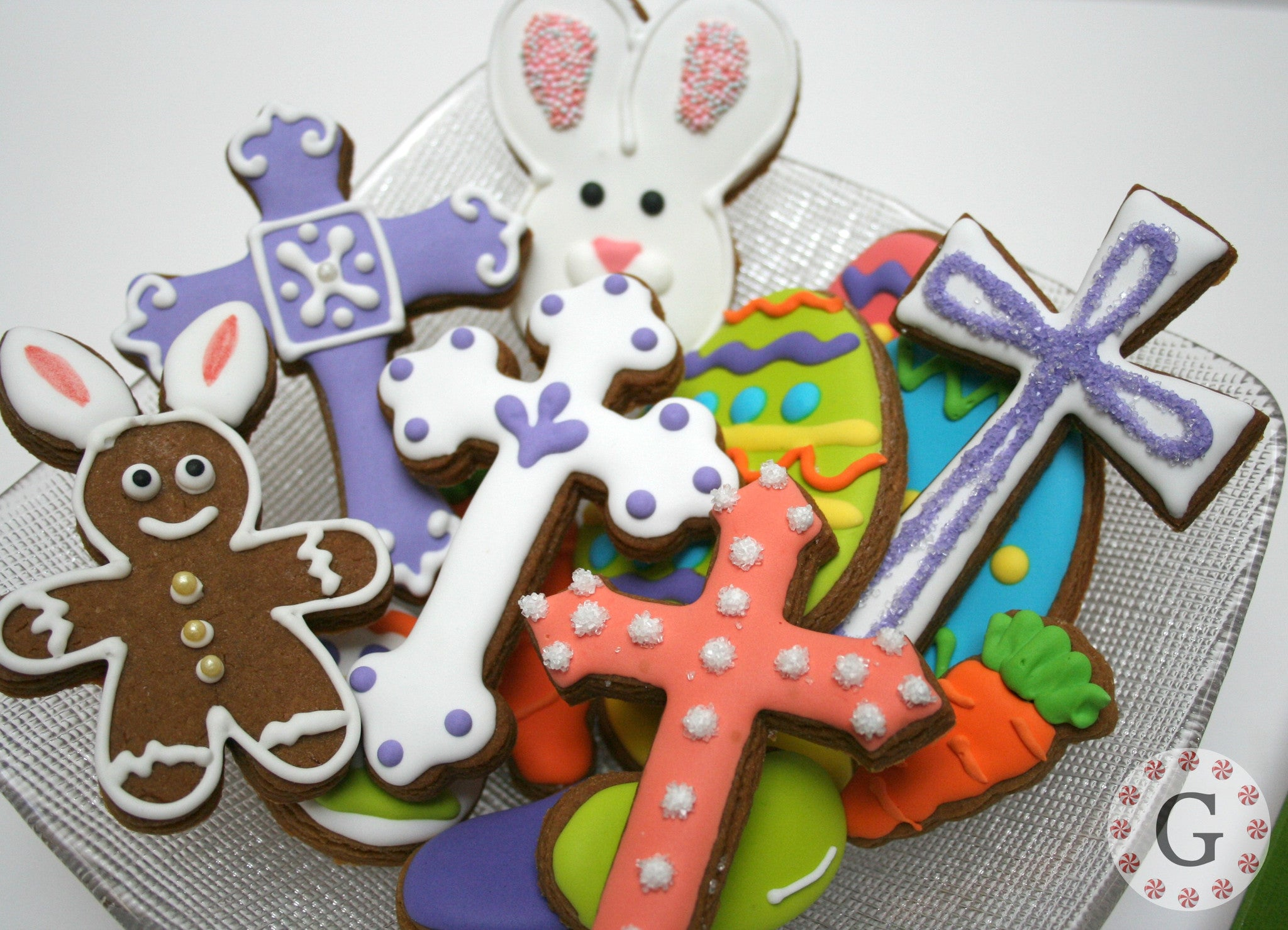 Trefoil Cross Cookie Cutter - 2 Size Options