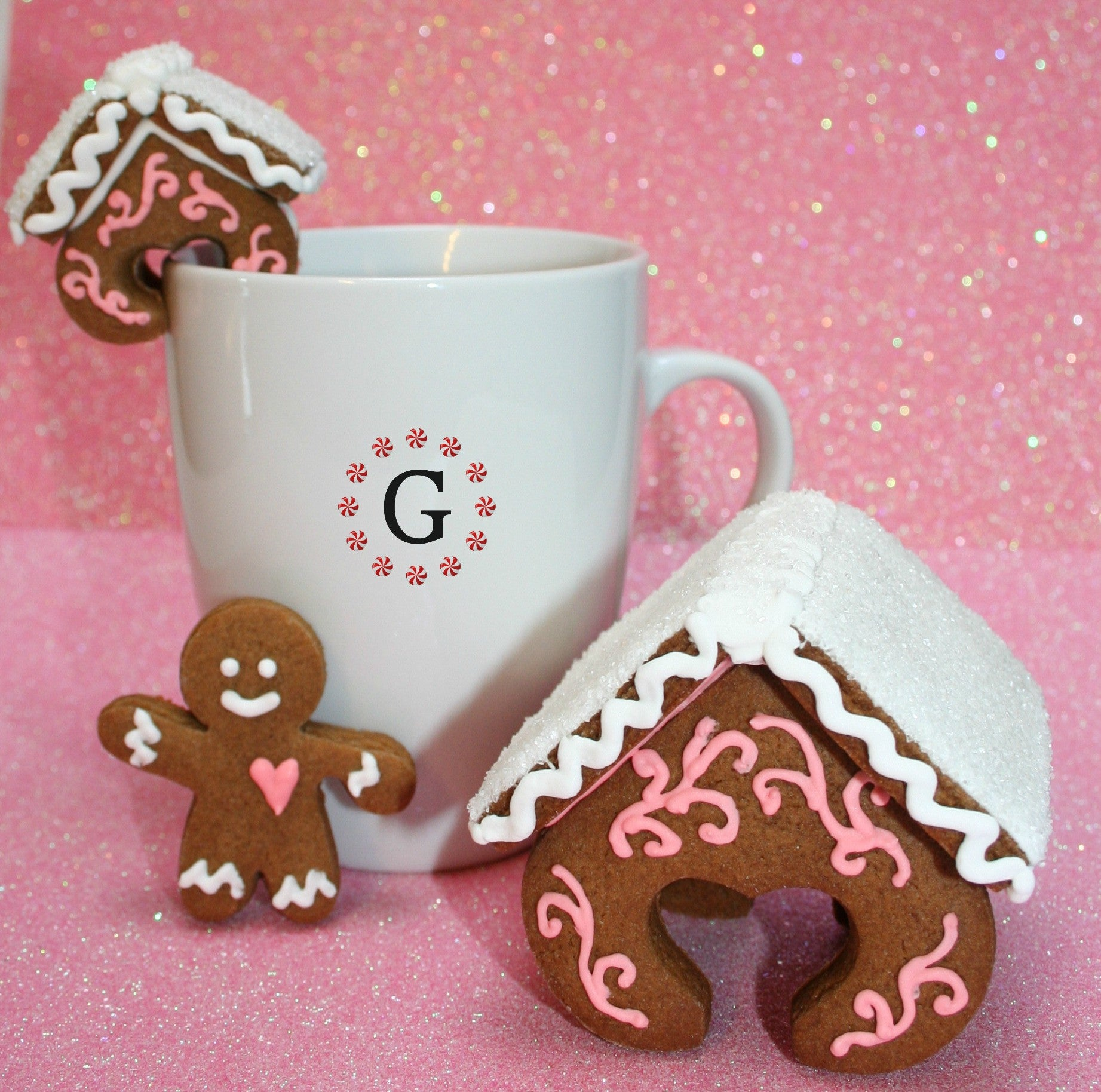 Heart Hugger Gingerbread House Cutter - 3 Size Options