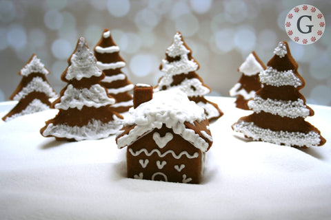 Mini Gingerbread House Cutter