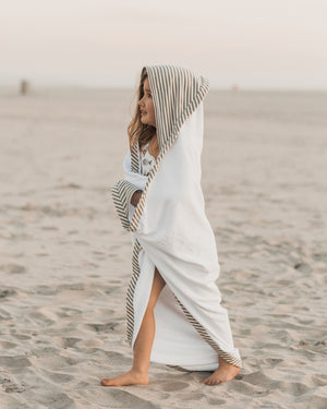 hooded towel || olive stripe