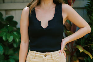 Abbie Basic Crop - Black