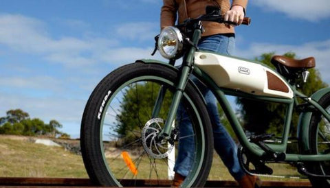 Michael Blast Greaser retro e-bike
