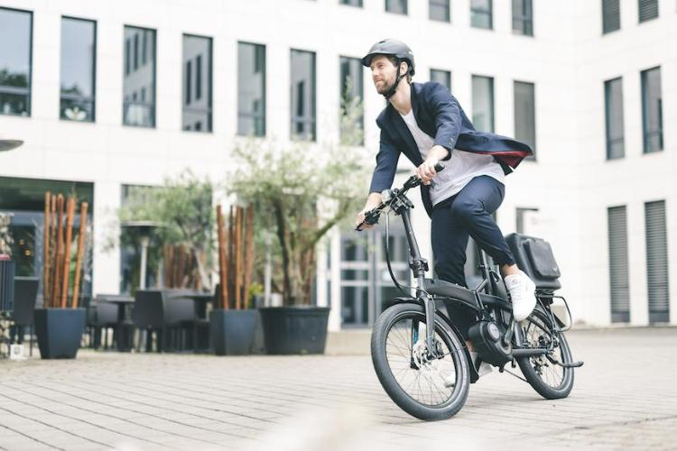 Tern Vektron D8 folding electric bike with Bafang Max mid drive motor