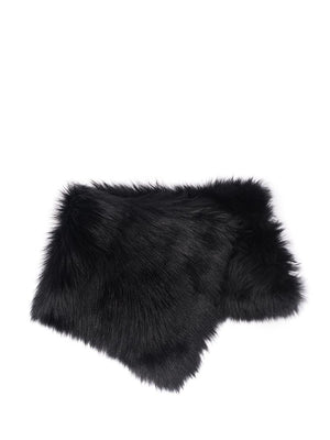 black collar in shearling
