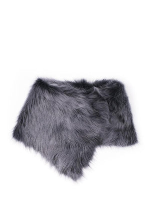 grey collar in shearling