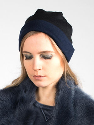Reversible Beanie in Merino - Navy/Black