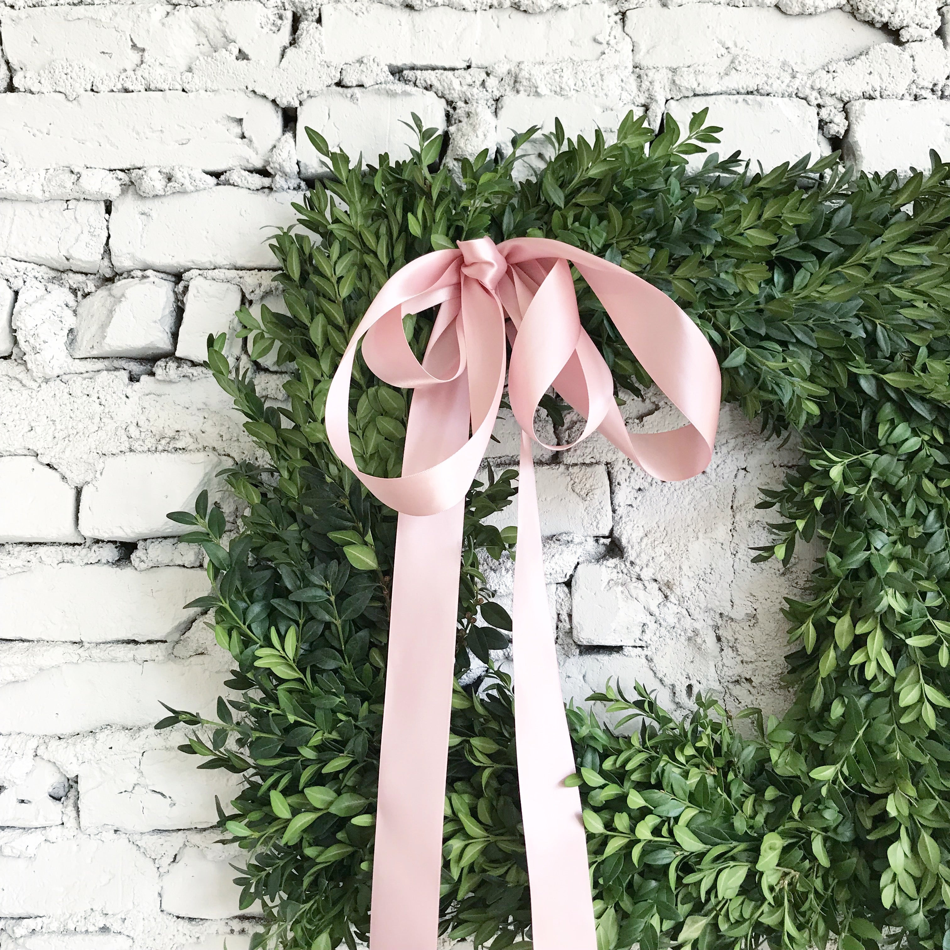Extra large fresh square boxwood wreath-26 inches