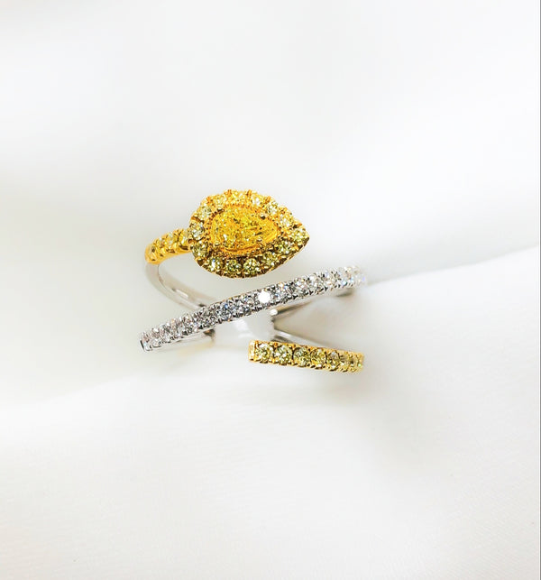 18kt yellow and white diamond spiral ring