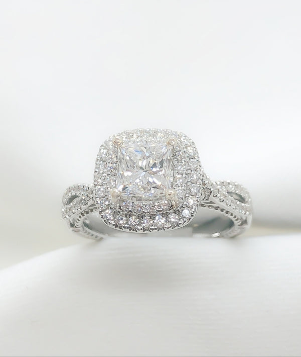 18kt White Gold and Diamond Engagement Ring 1.53 ct.