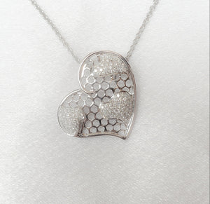 18kt. Heart Diamond Pendant