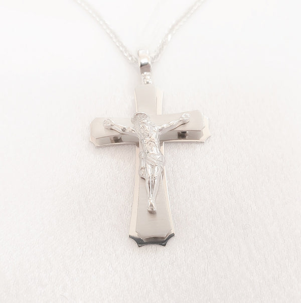 18kt. Fancy Modern Style Crucifix
