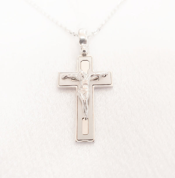 14kt. Fancy Small Crucifix