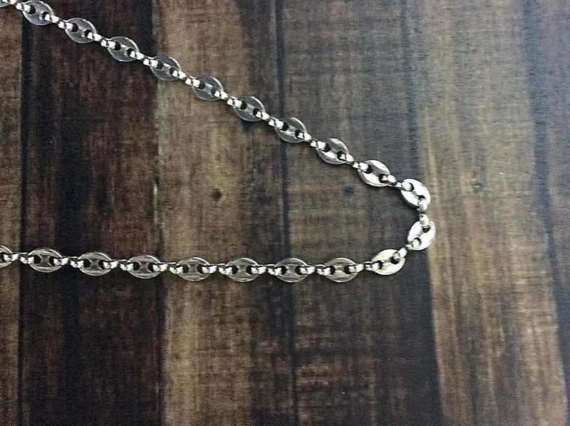 "CHARM BAR: 18"" CHAINS"