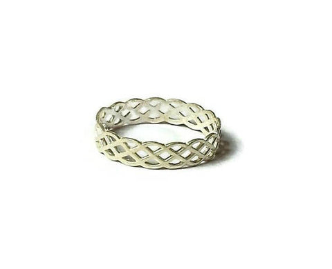 Infinity celtic knot ring made with sterling silver 925