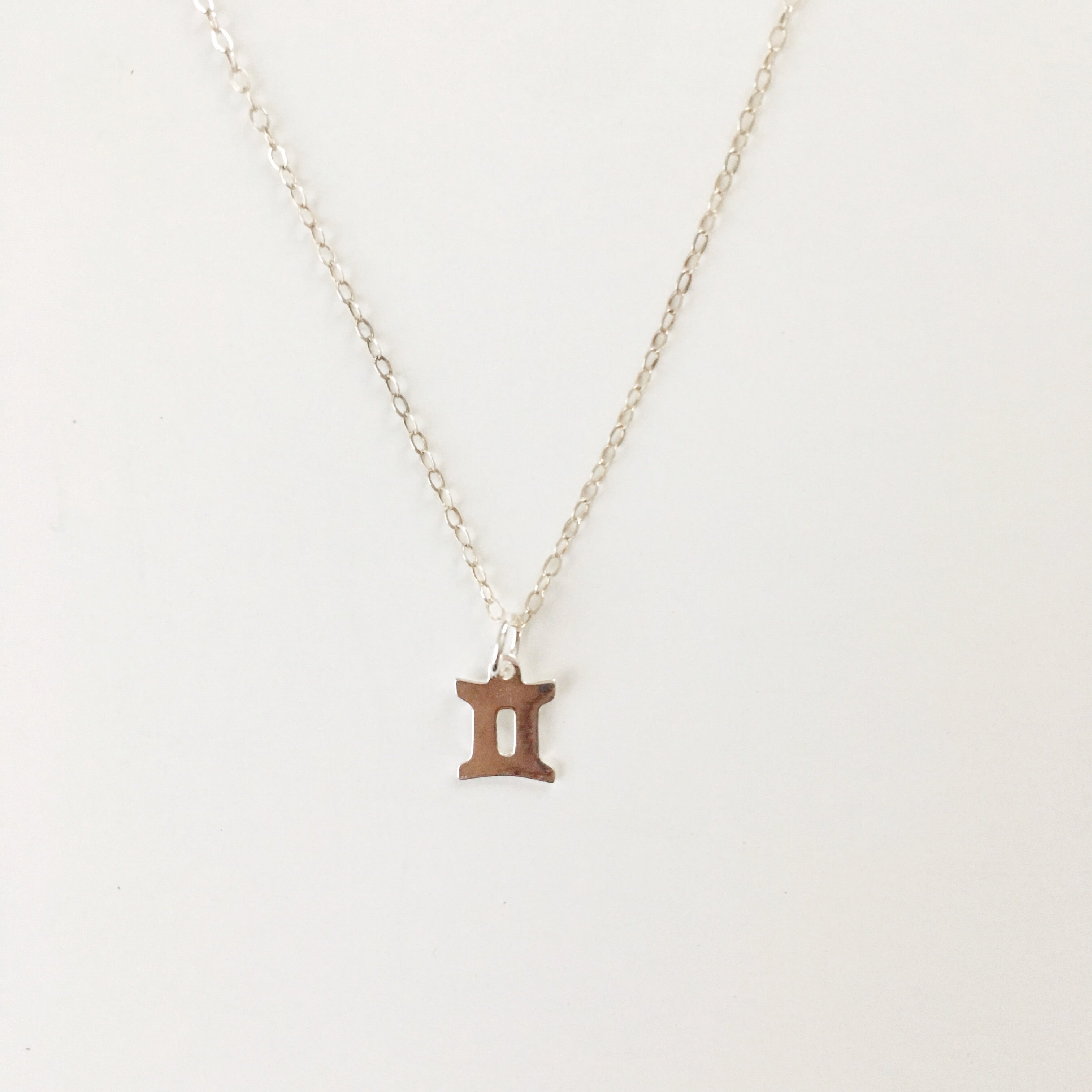 gemini necklace horoscope