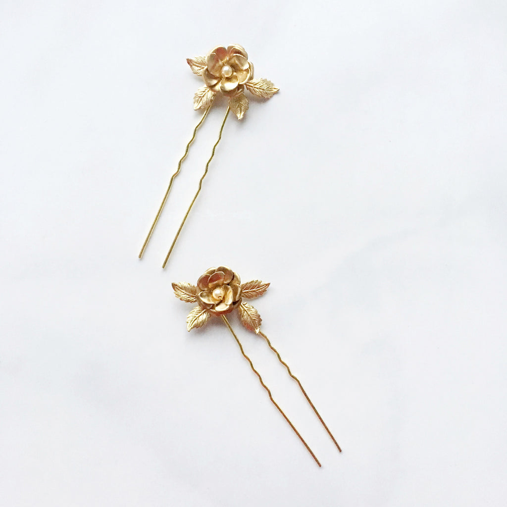 rose and pearl hair pins