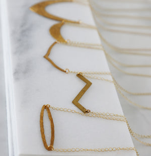 minimal gold necklace