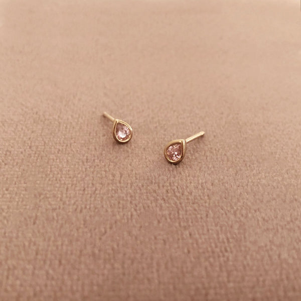 Gally - Pink Teardrop Studs - Kurafuchi