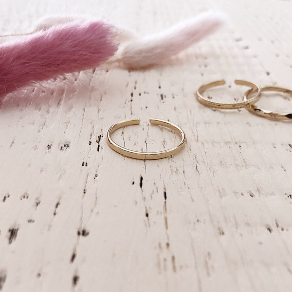 Melody - Dainty Plain Ring - Kurafuchi