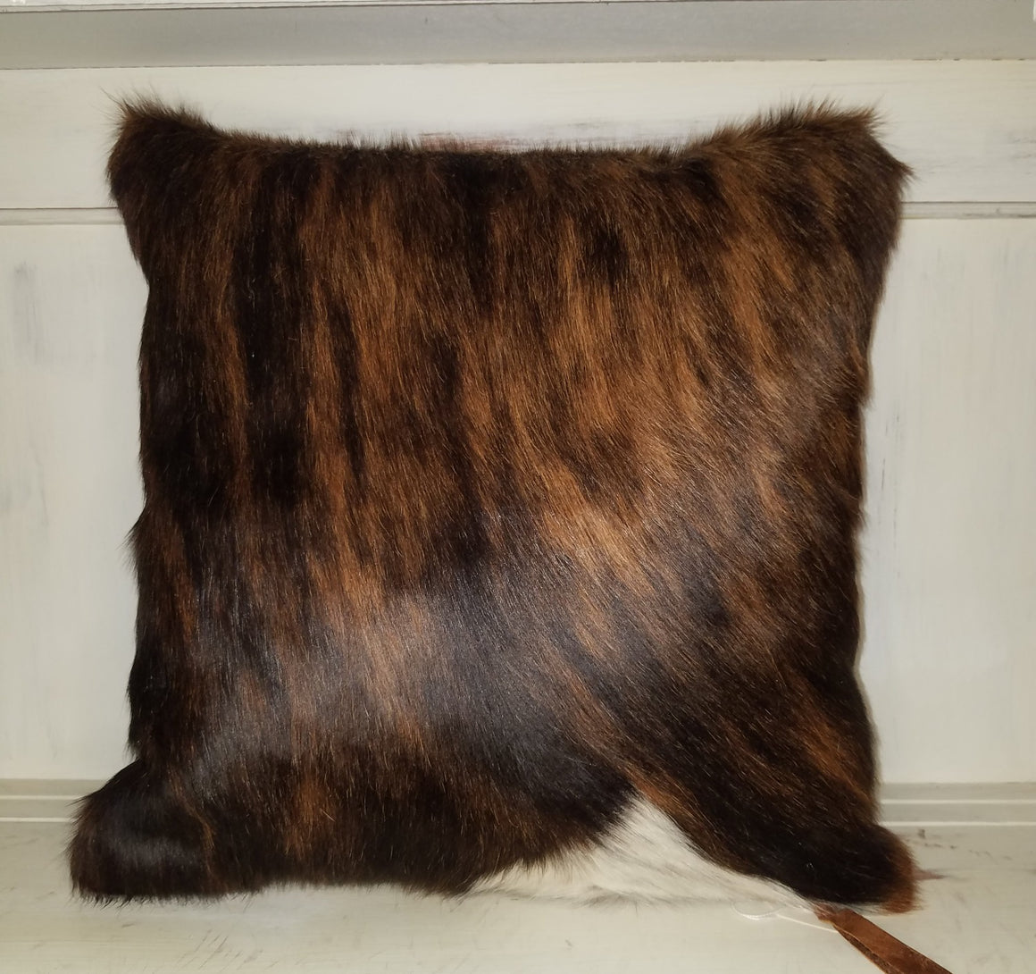 Pillow, Hair on Brown and White 004