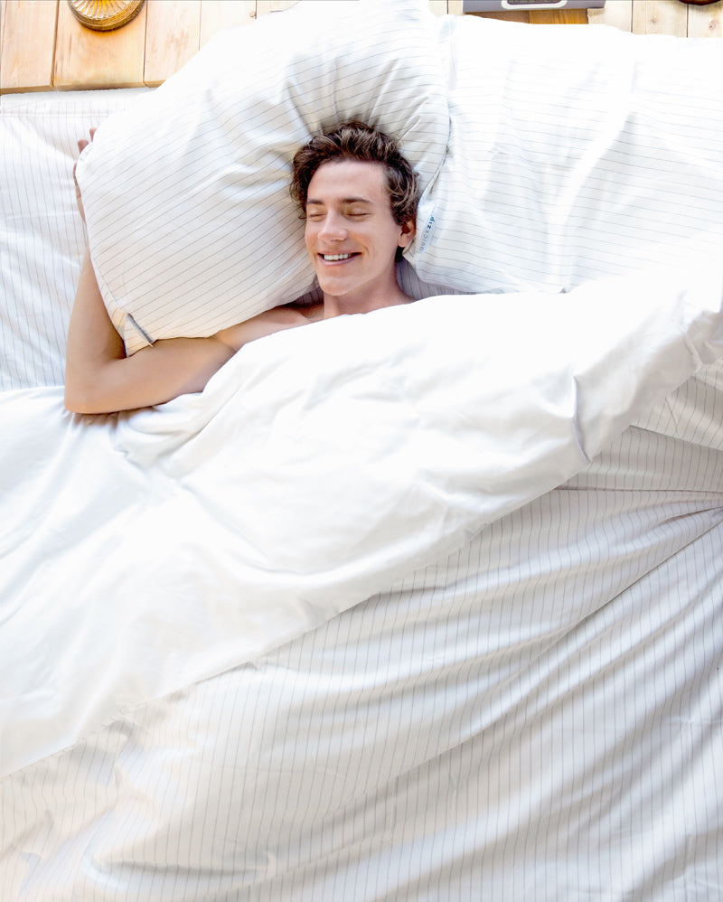 Buyer's Guide:  The Best Sheets for Men