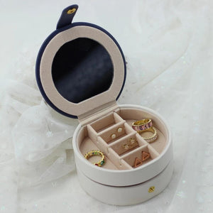 Small Travel Jewelry Case - Circle - Nikki Smith Designs