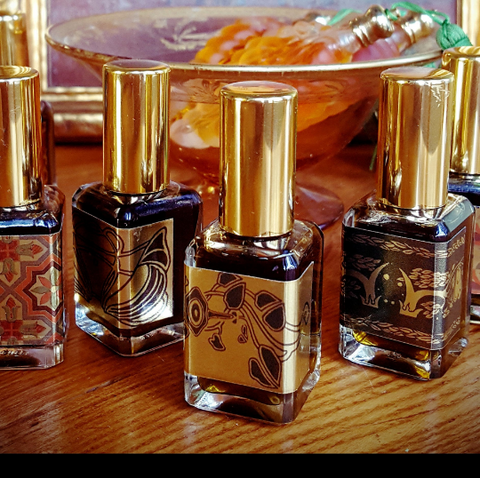 Sweetgrass and Tobacco Perfume for Men and Women