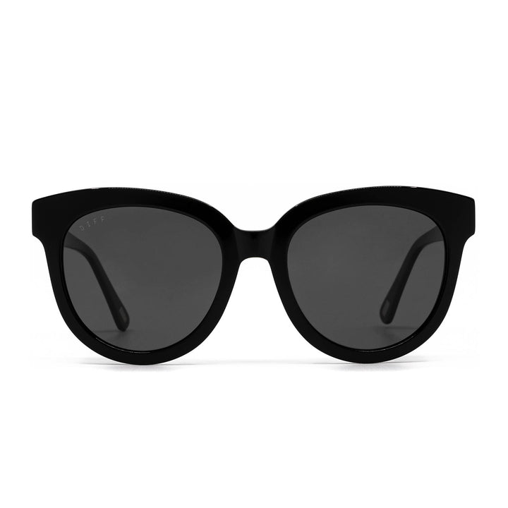 April sunglasses with black frame and grey gradient lens- front view