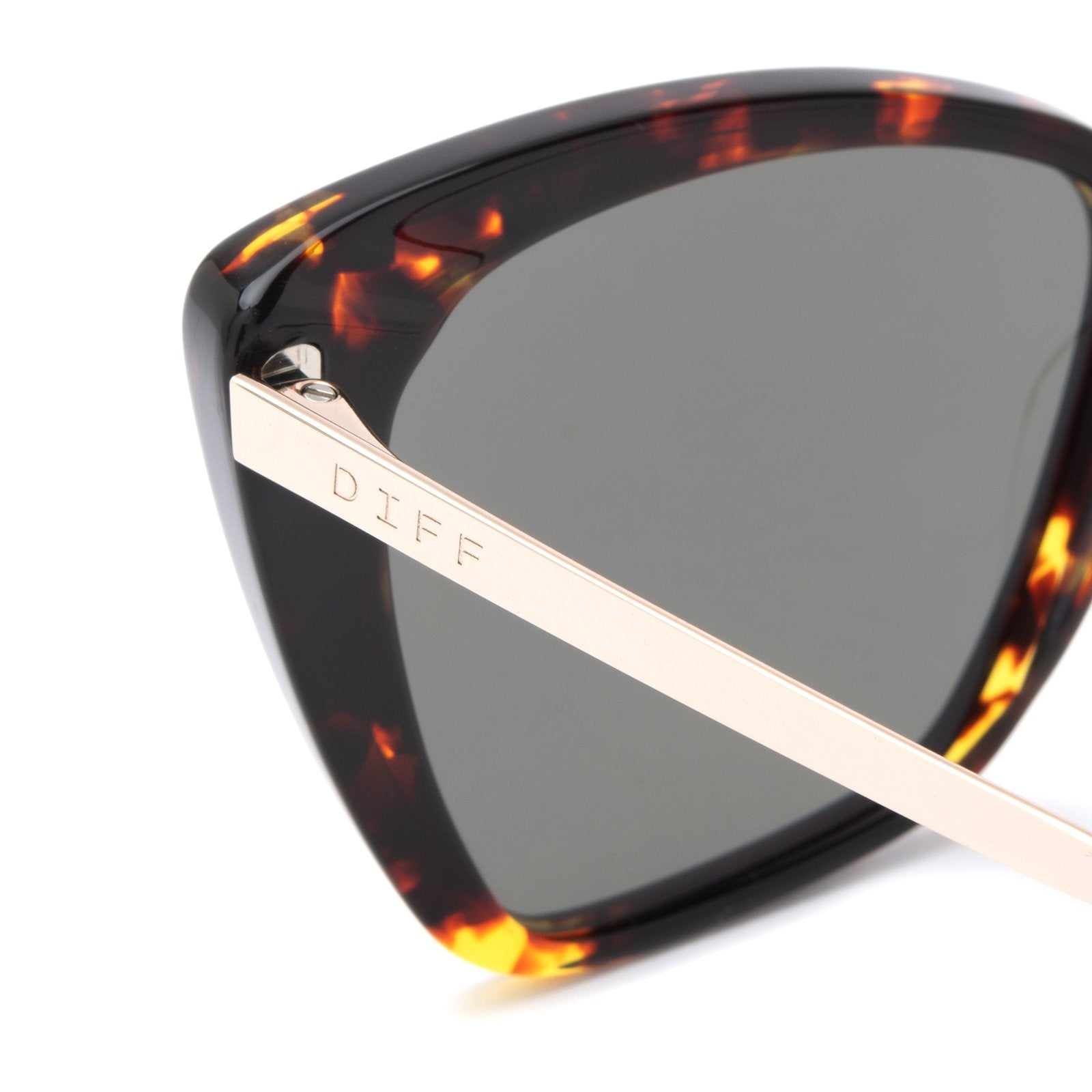 Becky II sunglasses with dark tortoise frames and gold mirror polarized lens detailed shot