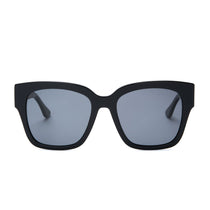 Bella II sunglasses with black frames and grey polarized lens front view