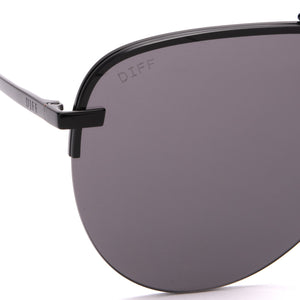 Tahoe sunglasses with black frames and grey lens detailed view