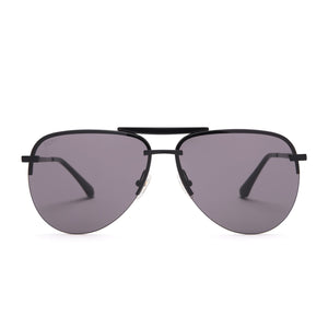 Tahoe sunglasses with black frames and grey lens front view