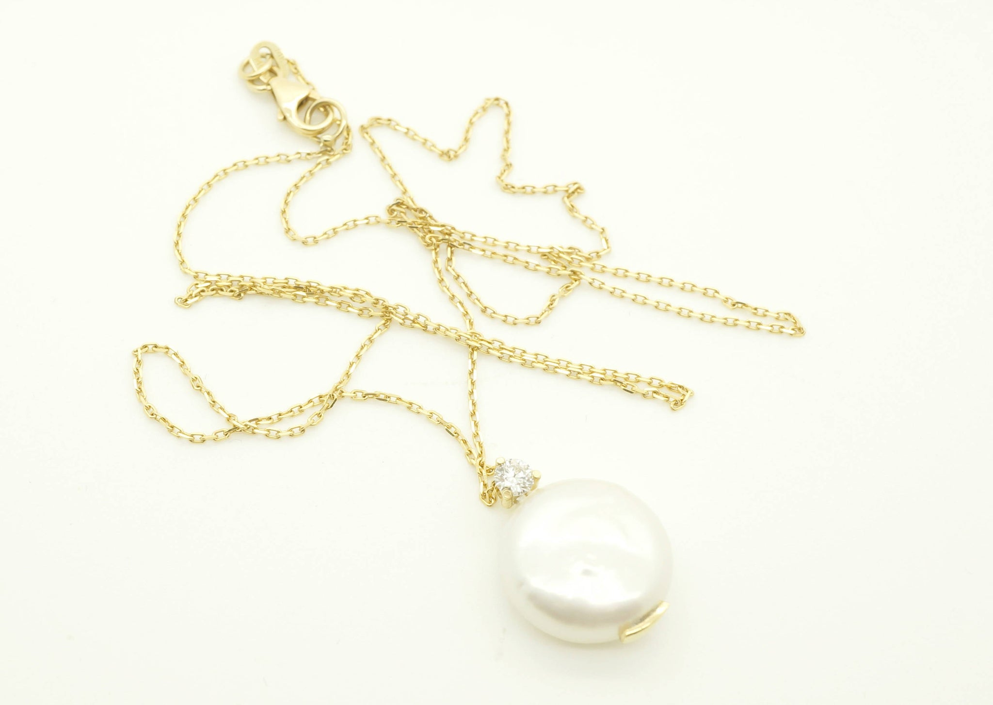 Art deco pearl pendant-Freshwater pearl pendant-Bridal necklace pearls-Pearl necklace-Diamond & Pearl