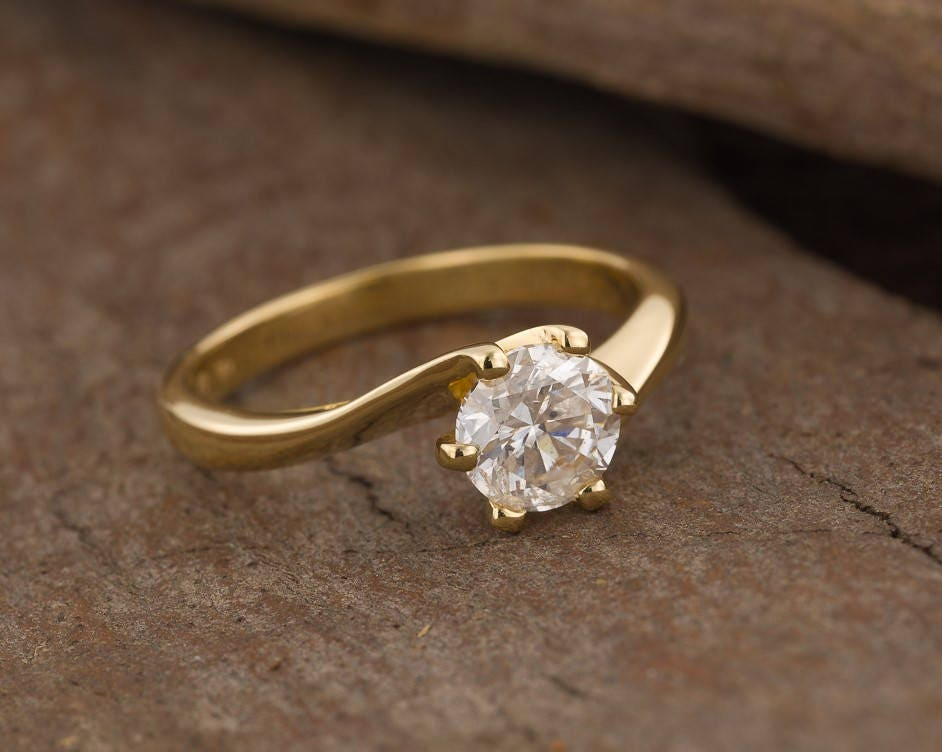 Gold Solitaire Ring-1 ct Solitaire engagement ring-Solitaire ring-Yellow gold ring-Women Jewelry-Promise ring-Solitaire diamond gold ring