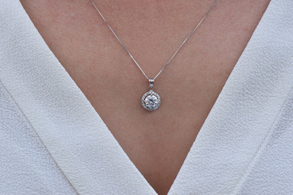 Gift for her-Halo pendant-Zircon pendant-Fashion necklace-Gold Pendant