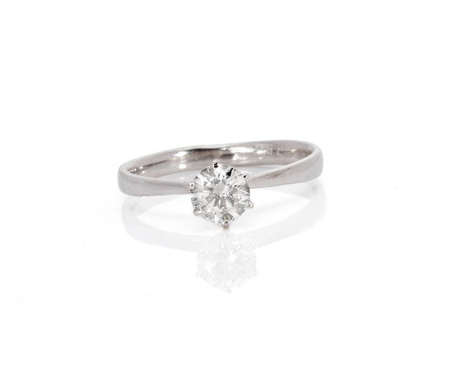 Solitaire ring-Promise ring-Classic round engagement ring-6 prong solitaire ring-Tiny ring-Petite solitaire ring-Solitaire diamond gold ring