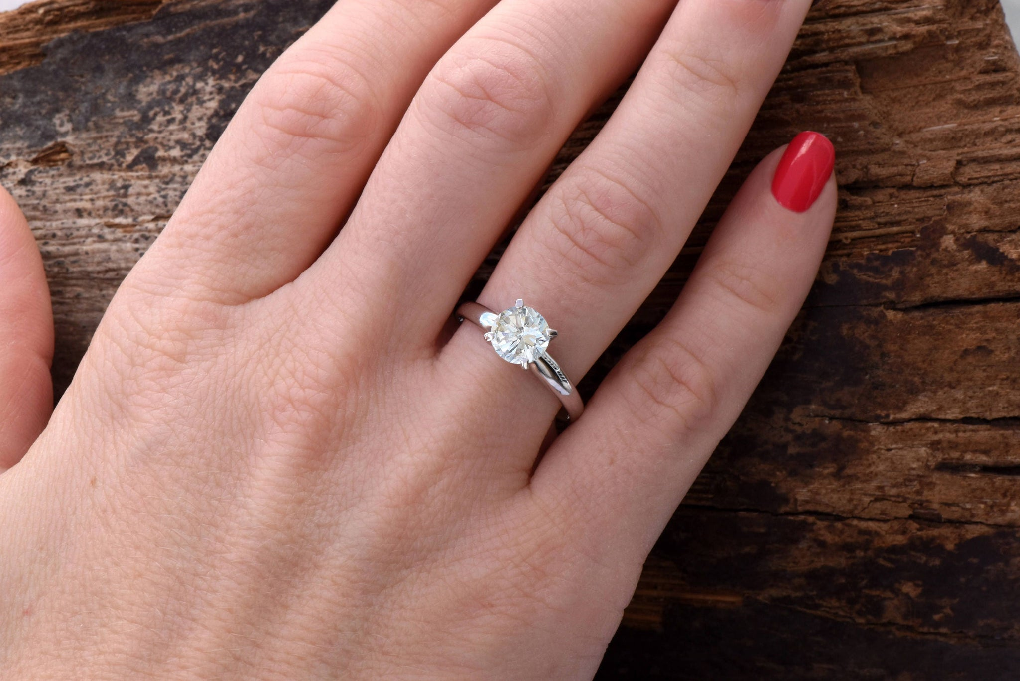 Solitaire ring 1 carat-Diamond Engagement Ring-Diamond Solitaire-Gold Ring-Promise ring-Art deco ring-Custom Ring-Classic Round Shape Ring