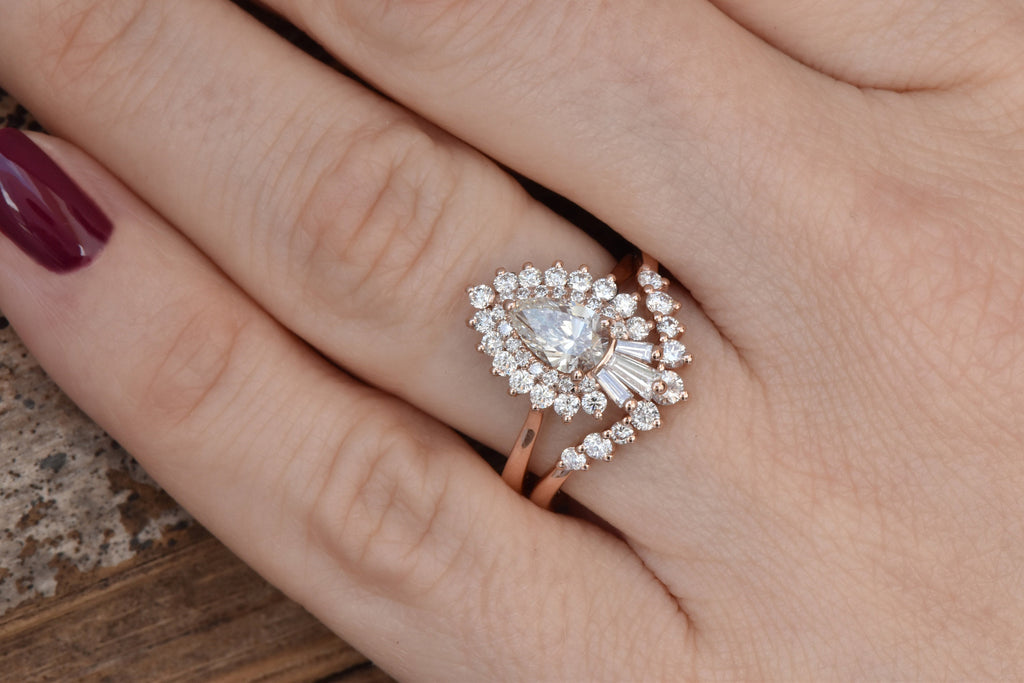 Cluster wedding ring set-Baguette wedding bands women-Diamond engagement ring vintage-Gold ring-Promise ring