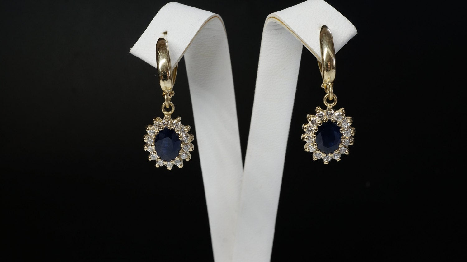 2 carat Blue Sapphire Earrings-Diamond Earrings with Sapphire-Sapphire Drop Earrings-Cluster earrings-Vintage earrings