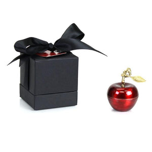 Le Petite Pomme Rouge Candle Gifts D.L & Co
