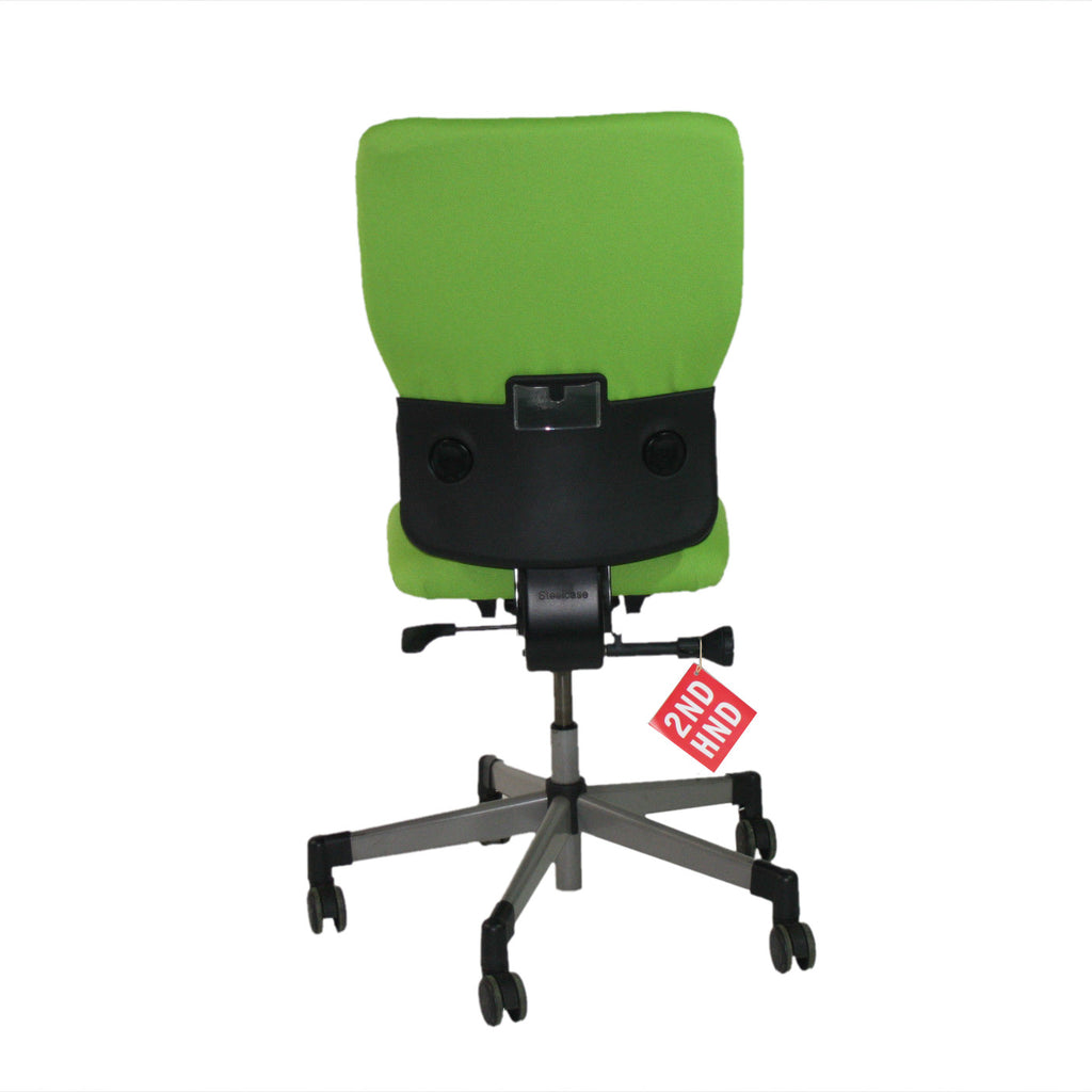 ... Steelcase Lets B Hi Back Task Chair No Arms ( New Green Fabric) ...
