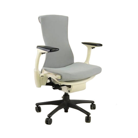 Herman Miller Aeron Chair Size B Titanium Colour Frame Full House no adjustable lumbar