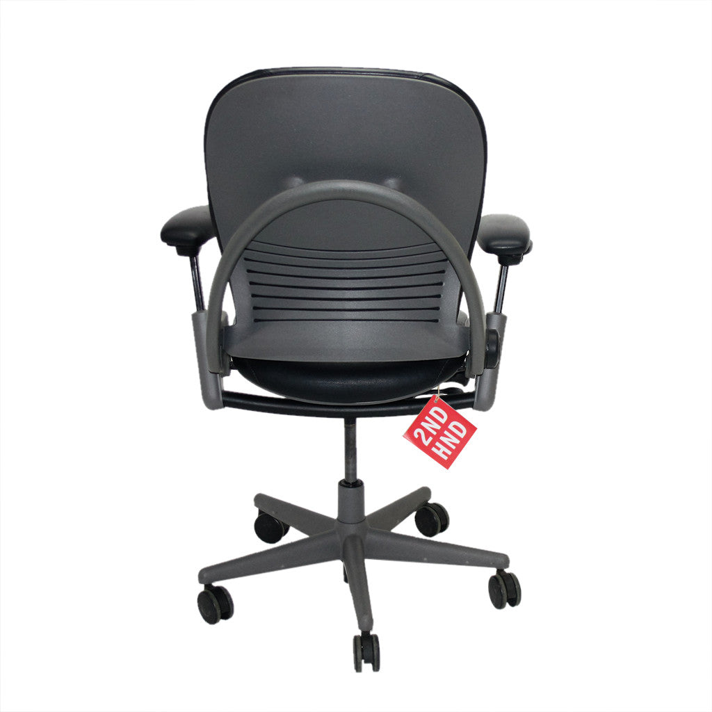 Steelcase Leap Chair V1 Vs V2 Home / Chair / STEELCASE LEAP V1 CHAIR Original Black Leather