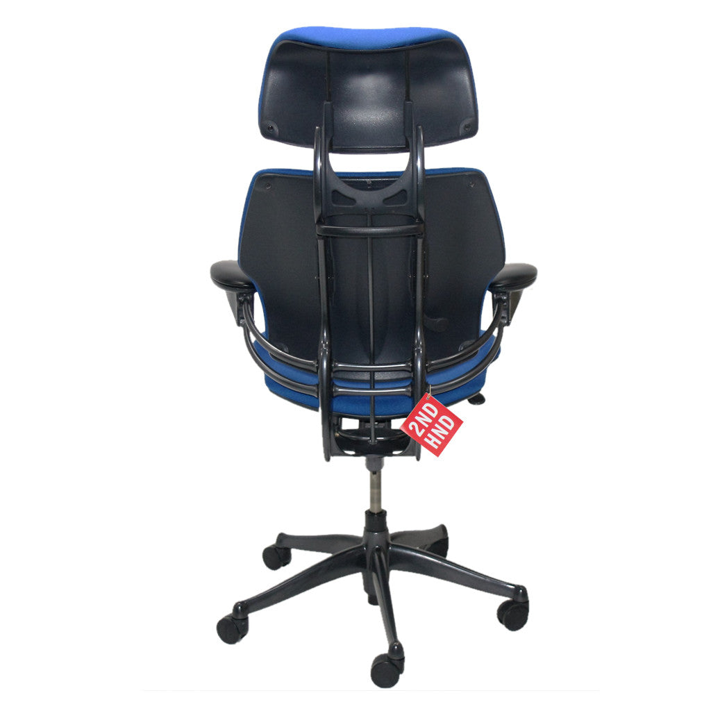 Humanscale Freedom Hi Back Chair with Blue Headrest