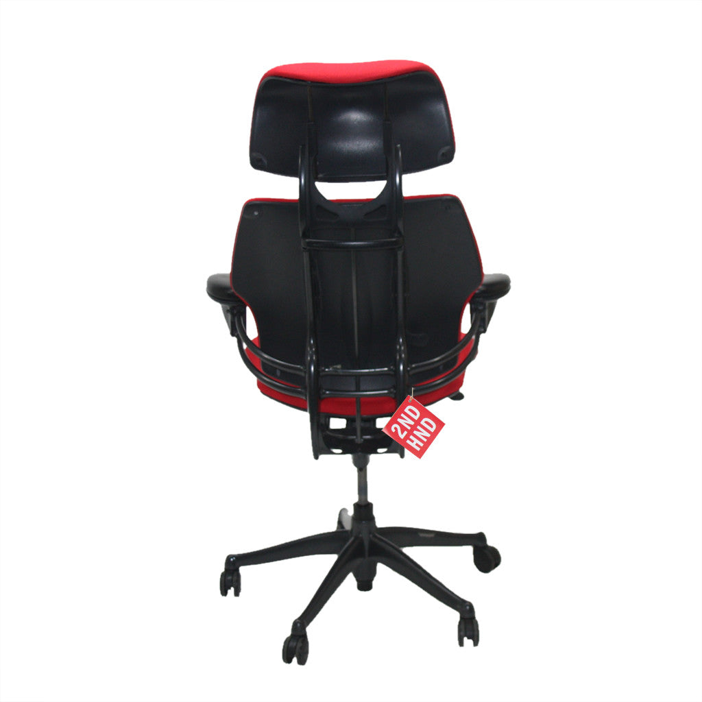 Humanscale Freedom Hi Back Chair with Red Headrest