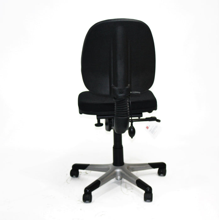 RH LOGIC 3 MED BACK ERGONOMIC OFFICE CHAIR