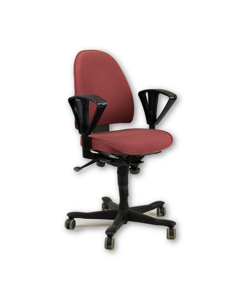 Kinnarps 8000 Task Chair Med Back light Red fabric